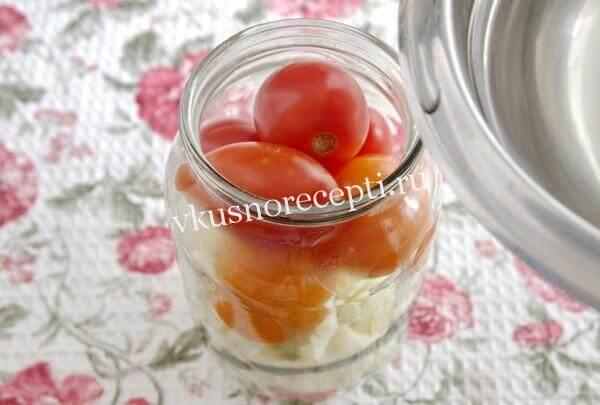 Маринованная цветная капуста с томатами
