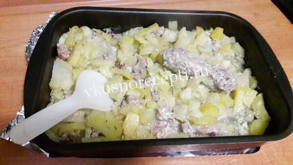 Индейка в духовке мягкая и сочная с картошкой