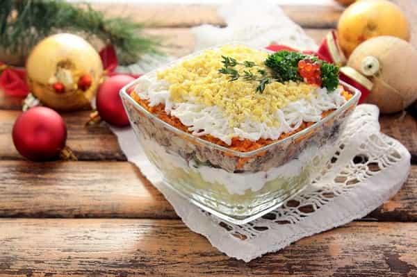 Рецепт салата Мимоза с сайрой