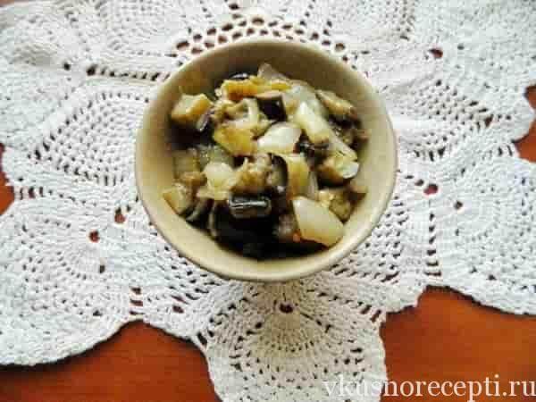 Баклажаны под грибы жареные с чесноком и луком