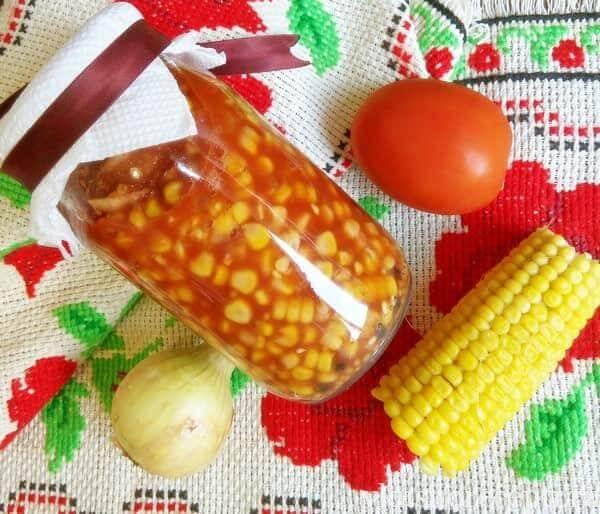 Маринованная кукуруза в томате на зиму в домашних условиях