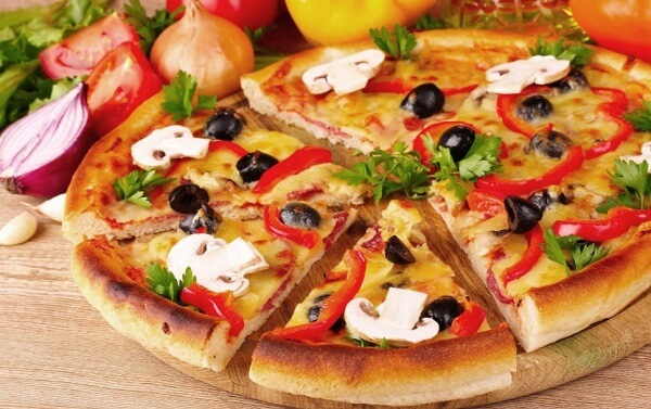 пицца на сковороде на кефире за 10 минут рецепт с фото