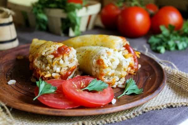 Фаршированный перец с помидорами
