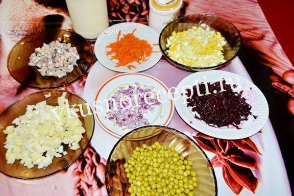 Селёдка под шубой рецепт классический с яйцом: ингредиенты