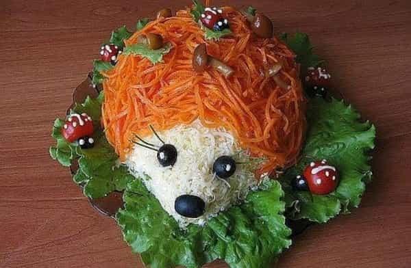 Салат с грибами праздничный ежик