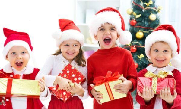 Что подарить на Новый год 2019: идеи подарков для детей