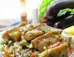 Баклажаны маринованные чесноком и зеленью
