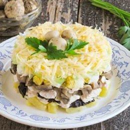 Салаты с грибами на Новый год 2020: рецепты с фото